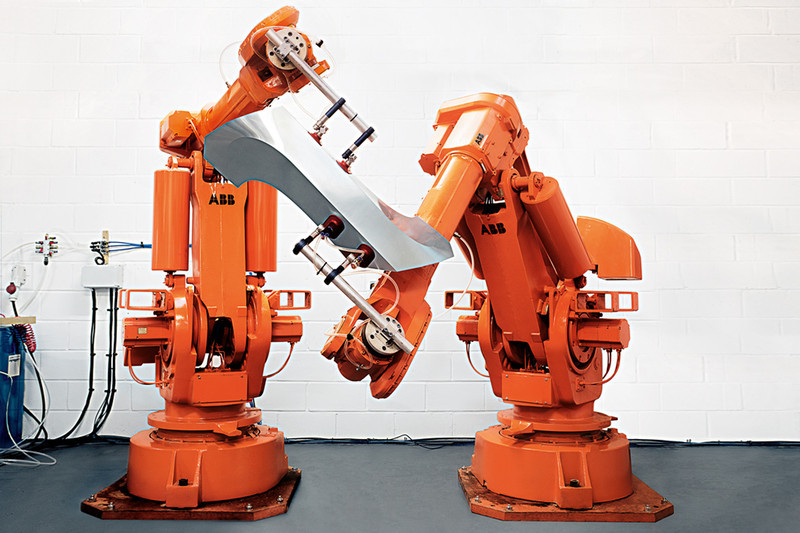 Robots folding and bending metal