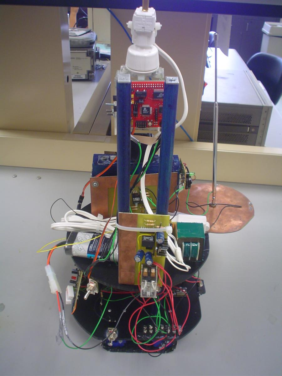 UTPA Electric Field Sensing Robot Plugs Itself In